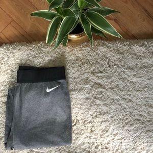 Nike thermal workout leggings